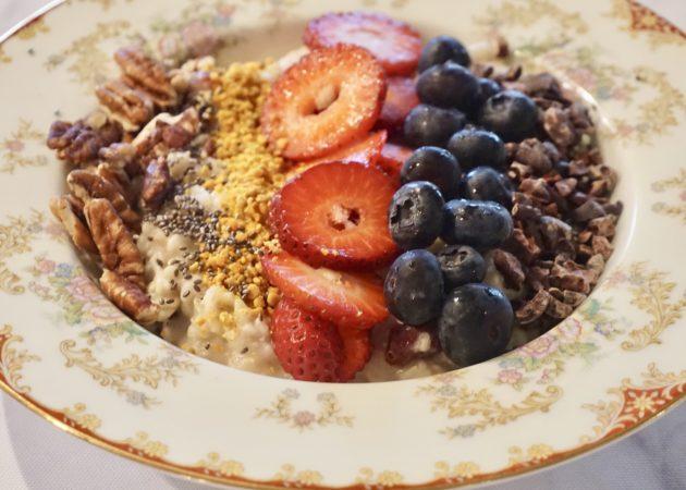 Hormone Balancing Oatmeal Bowl